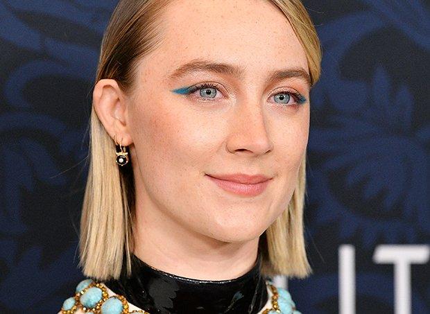 Saoirse-Ronan-delineado-azul