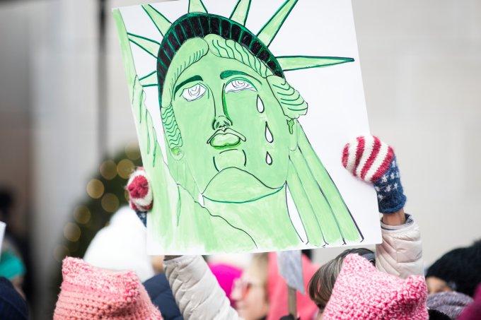 Marcha das mulheres reuniu milhares de mulheres em frente a Trump Tower