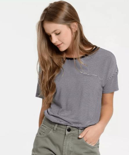 Camiseta listrada da Marisa (R$ 25,99*)