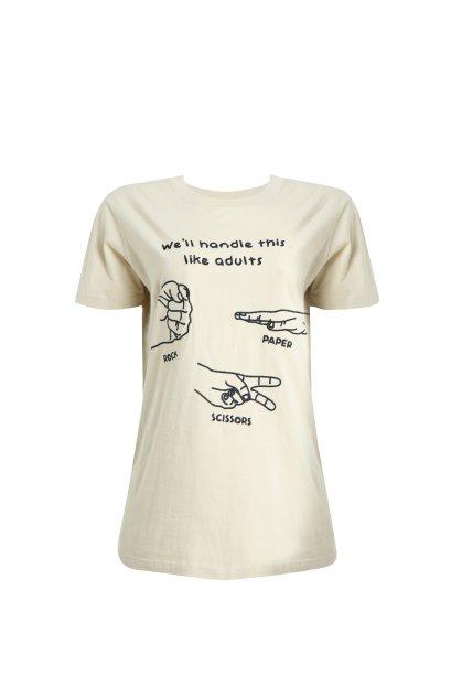 "Camiseta ""We'll handle this like adults"" da C&A (R$ 39,99*)"