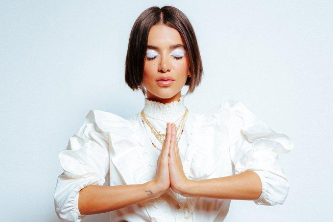 manu-meditando