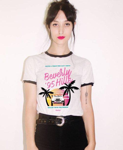 """Camiseta """"As Patricinhas de Beverly Hills"""" da Pelican Fly (R$ 54,90*)"""