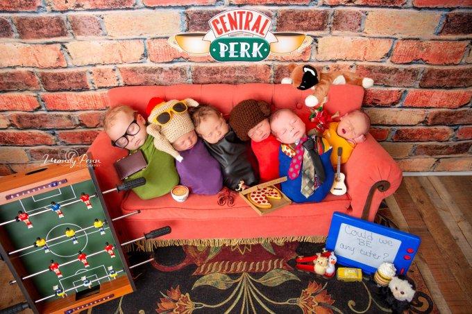 Fótografa faz ensaio criativo com bebês inspirado em Friends! Own!