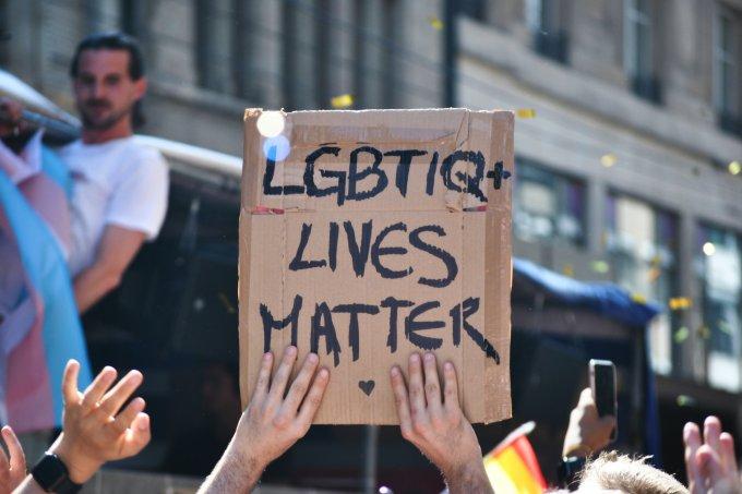 Você sabe o que significa a sigla LGBTQIA+?