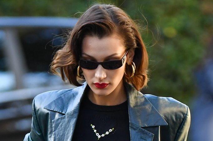 look-do-dia-bella-hadid-terninho