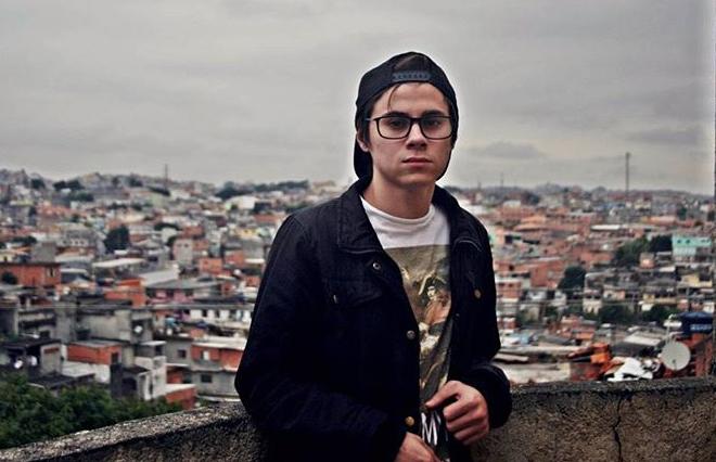 Morte do ator Rafael Miguel completa um ano e assassino continua foragido