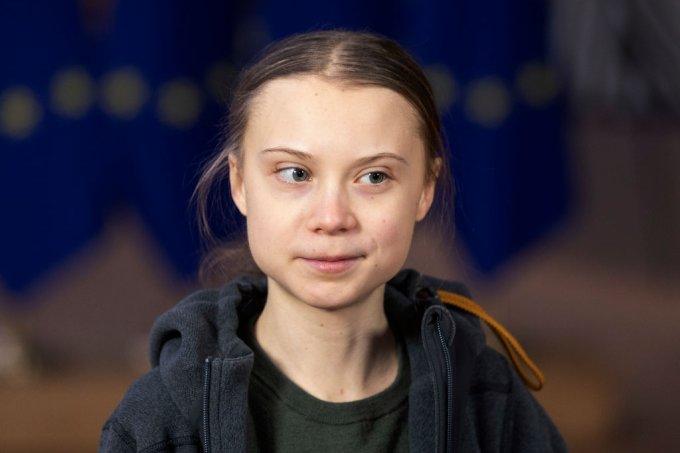 Greta Thunberg doa dinheiro para salvar Amazônia e indígenas do coronavírus