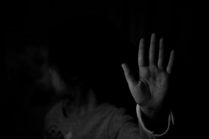 Garota de 10 anos é estuprada e engravida do tio