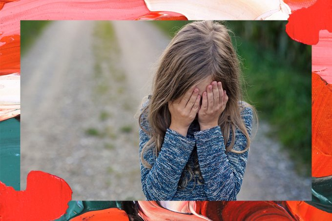 Garota abusada por pai durante anos é vítima de pastor que a abrigava