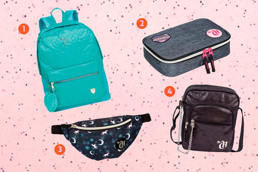 Montagem com quatro produtos da coleção de mochilas da CAPRICHO com a Sestini em um fundo rosa com bolinhas. Em cima, tem uma mochila azul turquesa e um estojo jeans. Embaixo, uma pochete com estampa de constelação e uma shoulder bag preta.