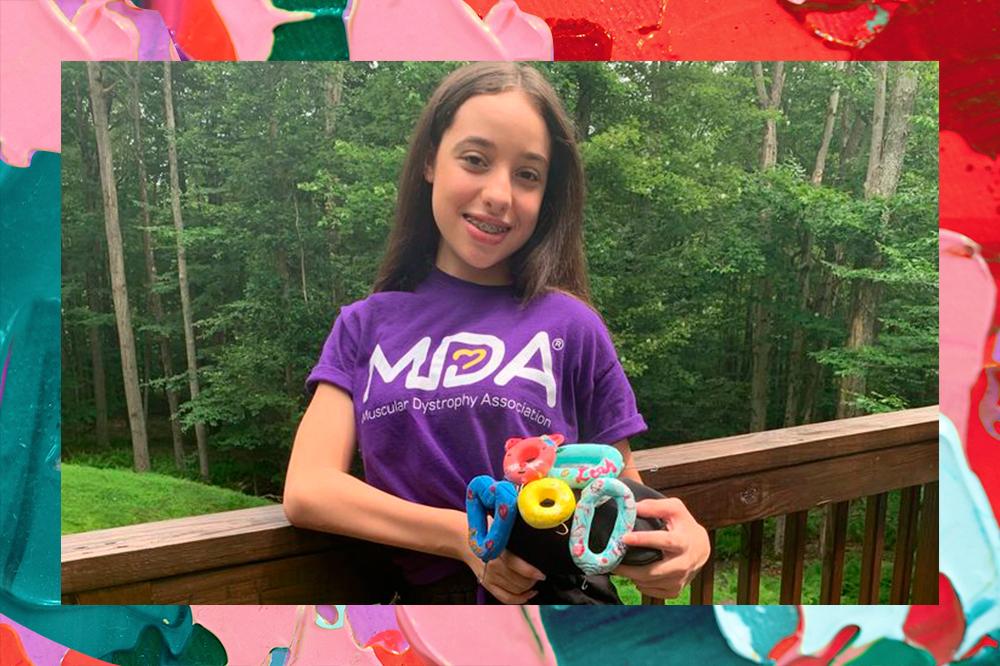 Garota de 13 anos quer revolucionar a moda para pessoas com deficiência