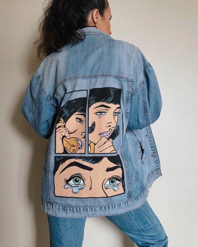 Jaqueta com pintura feita a mão