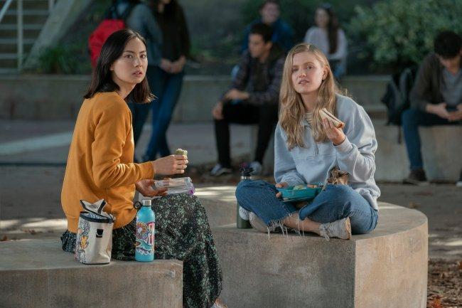 Claudia e Vivian em Moxie
