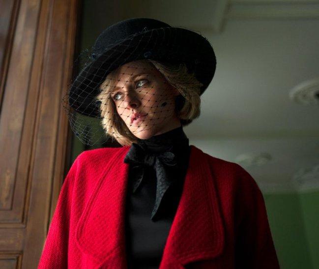 Primeira imagem divulgada de Kristen Stewart como Princesa Diana no filme