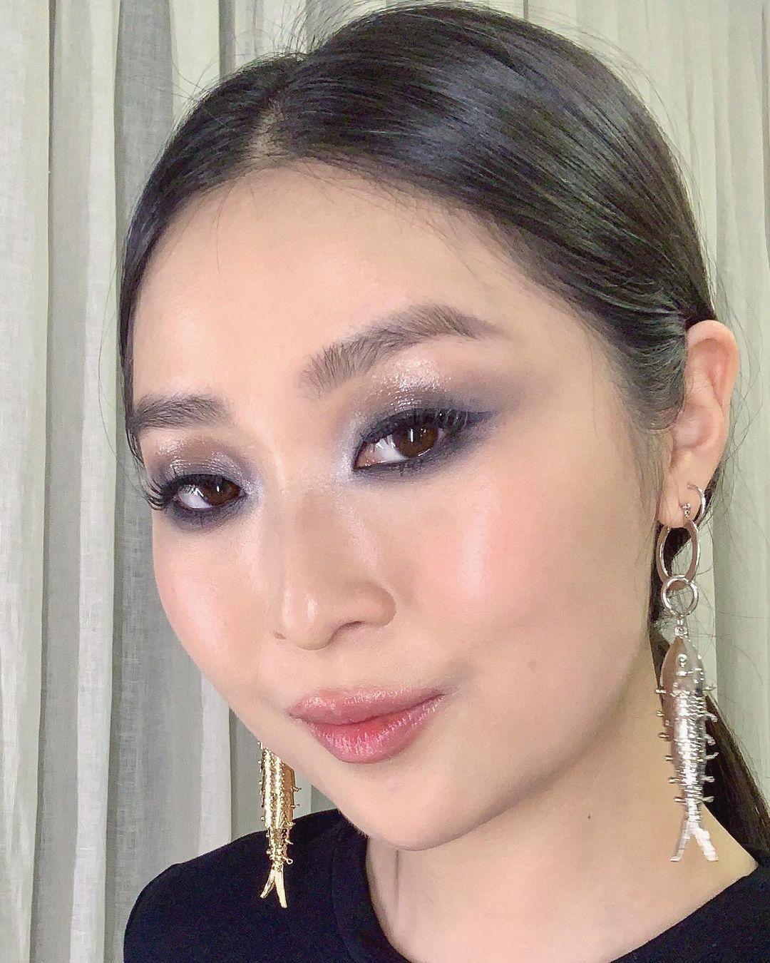 Maquiagens com olho preto esfumado para você se inspirar na tendência!