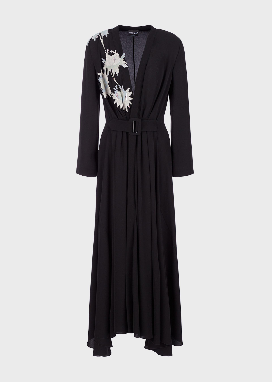 Vestido Armani usado por Meghan Markle