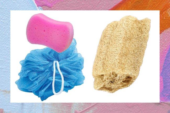 Imagem mostrando três diferentes tipos de buchas de banho: duas coloridas e nada ecológicas, e uma vegetal e sustentável