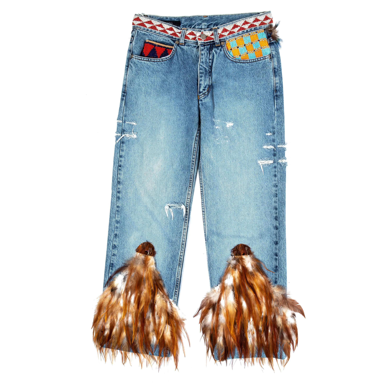 Calça jeans da coleção de 1999 da Gucci usada por Rihanna