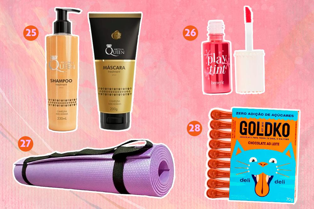 Montagem com fundo rosa e opções de produtos para dar de presente. Em cima, um shampoo e condicionador e um lip tint. Embaixo, um tapete de yoga e um chocolate.