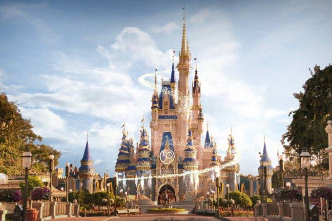 Disney mostra decoração do aniversário de 50 anos do Walt Disney World