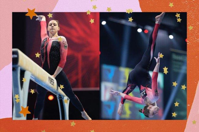 Na colagem, aparecem duas imagens da ginasta Sarah Voss vestindo um macacão preto com rosa. Na primeira, ela está em um cavalete de Ginástica, enquanto a segunda foi feita durante um pulo, e ela está de ponta cabeça