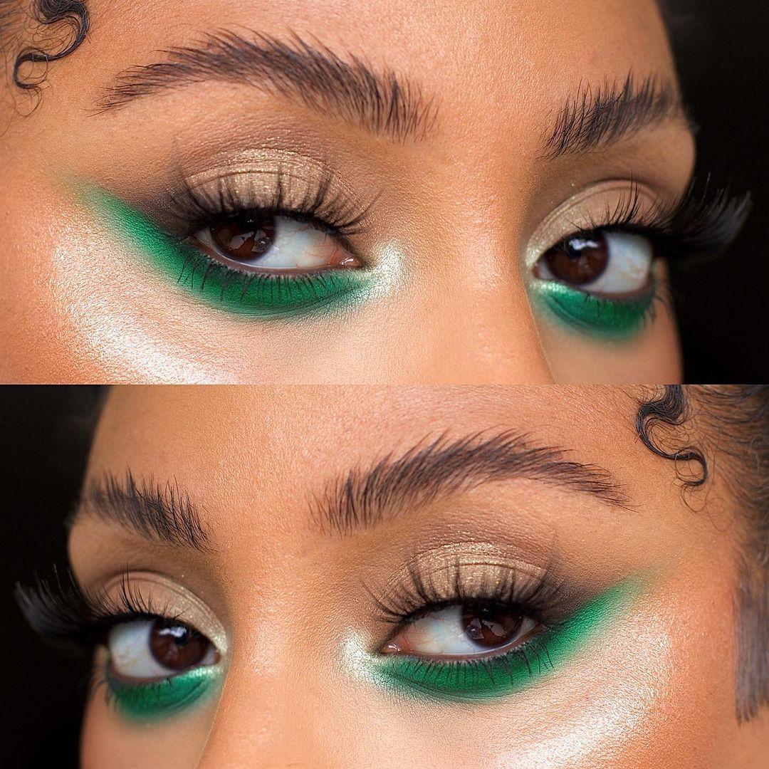 Garota usando maquiagem com sombra verde escura rente aos cílios inferiores, com um leve puxadinho para cima. A foto são duas montagens, uma em cima da outra, mostrando apenas a região dos olhos. Na de cima, a garota olha para a esquerda e, na de baixo, para a direita.