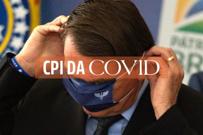 Jair Bolsonaro coloca máscara de proteção contra a Covid no olho