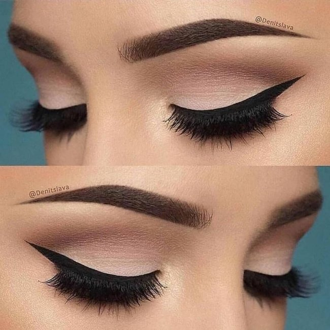 Foto com foco nos olhos de uma jovem usando maquiagem com delineado e olho esfumado.