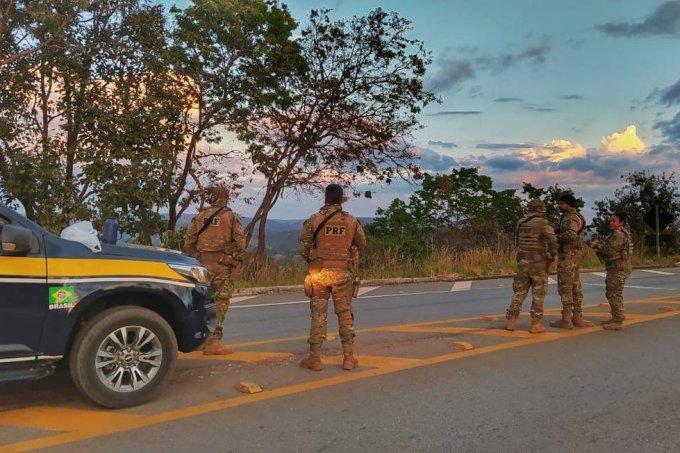 "Esposa do ""Serial Killer de Brasília"" teme morte do marido e vida da filha"