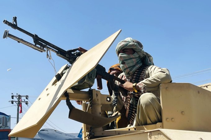 Talibã: o que é, como tomou novamente o poder e por que ameaça as mulheres