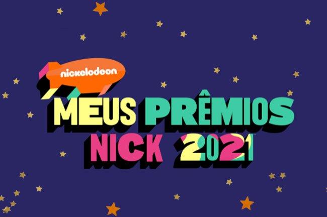 Banner dos Meus Prêmios Nick 2021 escrito em amarelo, vede e rosa com o logo da Nickelodeon em laranja; o fundo é roxo com estrelas amarelas e laranjas