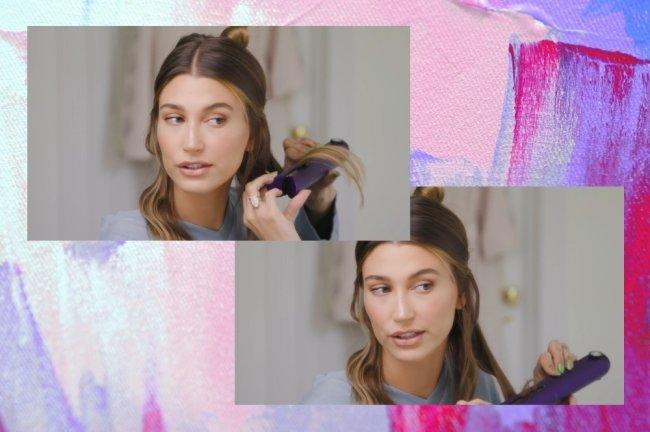 Montagem com duas de prints do vídeo tutorial da Hailey Bieber com o fundo roxo e rosa. Nas fotos, a modelo ensina como ondula o cabelo com chapinha.