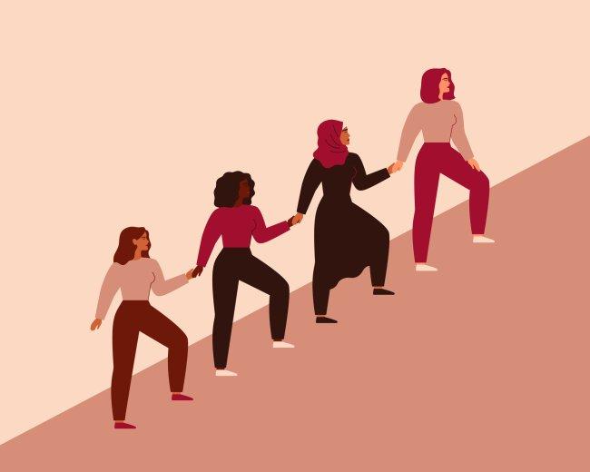 Ilustração de mulheres de mãos dadas, numa subida, uma puxando a outra rumo ao topo