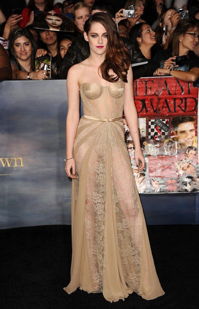 Kristen Stewart no lançamento de Amanhecer parte 2 em LA