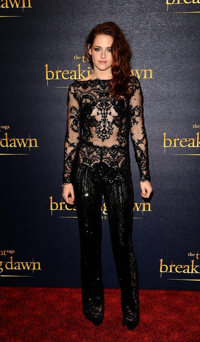 Kristen Stewart no lançamento de Amanhecer parte 2 em Londres