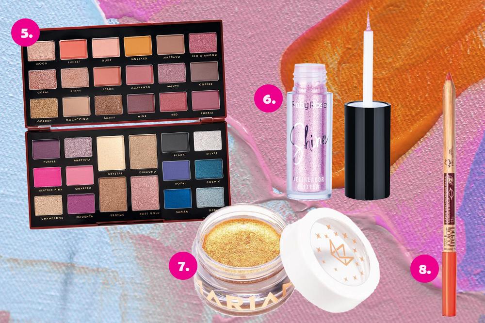 Montagem com quatro produtos de maquiagem em fundo colorido azul, rosa e laranja. Uma paleta de sombras, um delineador de glitter, uma sombra em gel dourada e um lápis de olho laranja.