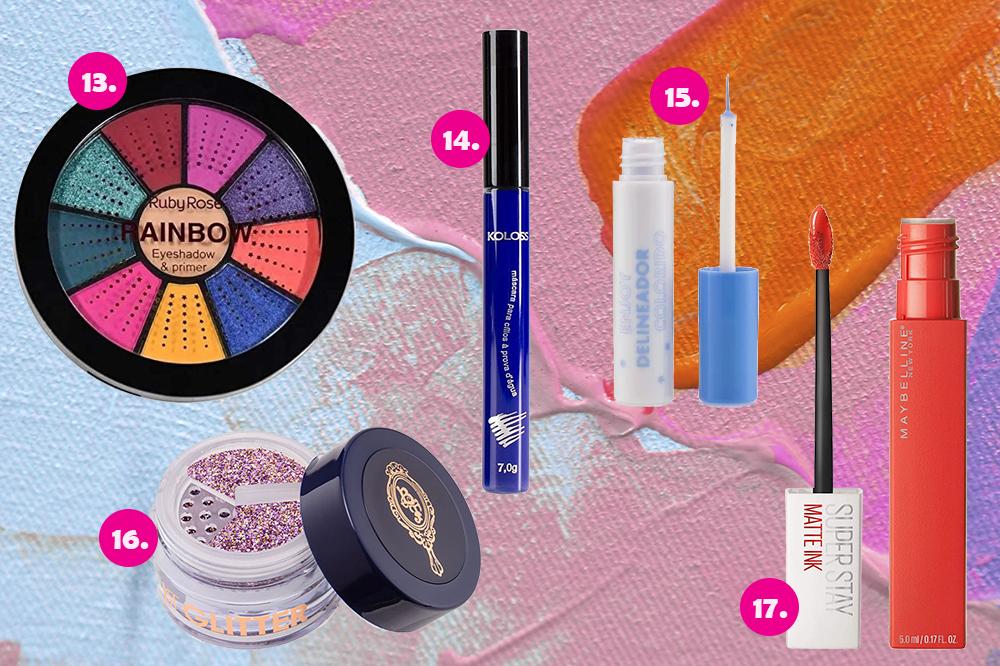 Montagem com cinco produtos de maquiagem em fundo colorido azul, rosa e laranja. Uma paleta de sombras, uma máscara de cílios azul, um delineador azul, um glitter lilás e um batom laranja.